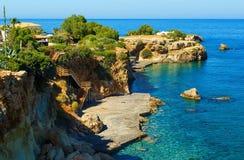 Widoki piękna natura brzeg i zatoka blisko Heraklion, Crete, Grecja Fotografia Royalty Free