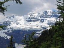 Widoki wycieczkuje wokoło śladu, równiny sześć lodowów, Jeziornego Agnes, Lustrzanego jeziora i Dużego ula Jeziornego Louise, Lak Obraz Royalty Free