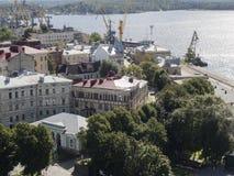 Widoki zatoka Finlandia i Vyborg port od punktu obserwacyjnego górują w Vyborg, Rosja Zdjęcia Royalty Free