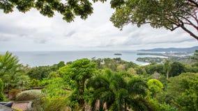 Widoku punkt Kat Noi, Karon plaża i Karon, Wyrzucać na brzeg Tajlandia, P Obrazy Royalty Free