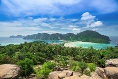 Widoku punkt Phi Phi wyspa przy zmierzchu czasem, Krabi, Tajlandia Fotografia Stock