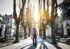 Widower in a cemetery Stock Photography