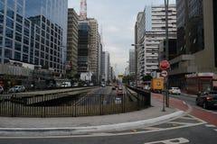 Widzieć throughPaulista aleja - São Paulo, Brazylia zdjęcie royalty free