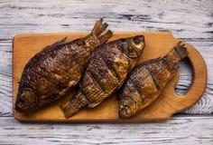 Wieśniaka stół z jedzeniem Jedzenie Na drewnianym stole Fotografia Royalty Free