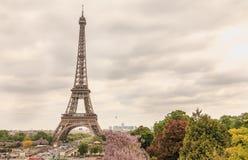 Wieża Eifla w Paryż, Francja w złej pogodzie Obraz Royalty Free