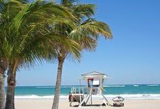 wieża ratownika na plaży Zdjęcia Royalty Free