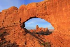 Wieżyczka łuk widzieć od Północnego okno łuku, łuku park narodowy, U Fotografia Stock
