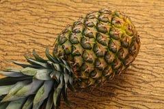 ?wie?e ananasowy dojrza?e zdjęcia stock