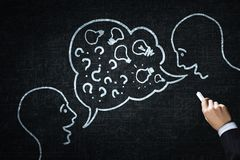 Wie man das Dialoggehen hält Lizenzfreies Stockfoto
