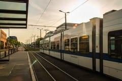 Wie man ein Tag in Zürich beendet Stockfotografie