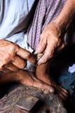Die Hände der Männer, die arbeiten. Stockbilder