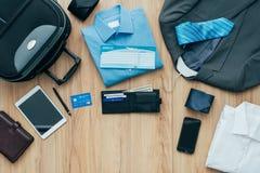 Wie man für eine Geschäftsreise verpackt Lizenzfreie Stockfotografie