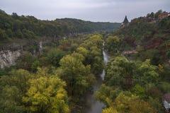 Wieża obserwacyjna nad jar Smotrych rzeka w Kamianets-Podilskyi, Zdjęcia Royalty Free