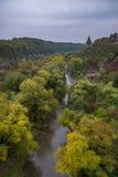 Wieża obserwacyjna nad jar Smotrych rzeka w Kamianets-Podilskyi, Zdjęcie Royalty Free