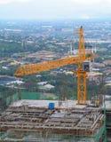 Wieżowiec w budowie w Manila obraz stock