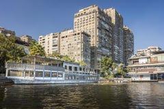 Wieżowowie na bankach Rzeczny Nil Zdjęcia Royalty Free