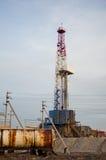 Wieża wiertnicza i zbiornik Zdjęcia Royalty Free