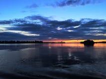 Wieczór łódkowata wycieczka na Volga rzece obraz royalty free