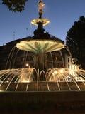 Wieczór fontanna w Granada obraz royalty free