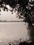 Wieczór jeziora widok obrazy stock