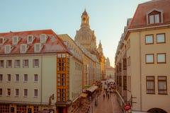 Wieczór pejzaż miejski Wieczór w centrum Drezdeński obrazy royalty free