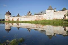 Wieczór przy ścianami usta Borisoglebskii Rostov monaster Yaroslavl region Obraz Royalty Free