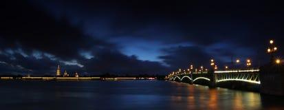 Wieczór St Petersburg, Rosja Obrazy Royalty Free