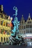 Wieczór widok Brabo fontanna w Antwerp, Belgia Fotografia Royalty Free