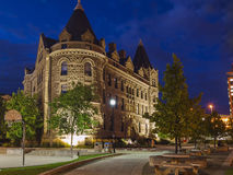 Wieczór Winnipeg, Kanada Budynek uniwersytet obraz royalty free