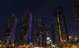 Wieczór wysoki teren Dubaj obrazy stock