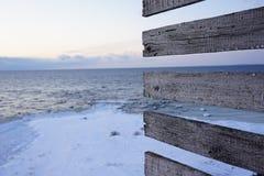 Wieczór zimy vew od latarni morskiej fotografia royalty free