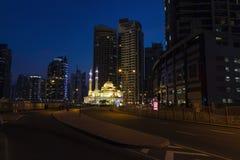 Wiecz?r wysoki teren Dubaj fotografia royalty free