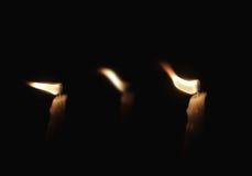 Świeczka w wiatrze Zdjęcia Royalty Free