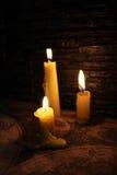 Świeczka w zmroku Obraz Stock