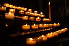 świeczki modlitewne zdjęcia stock