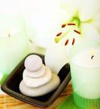 świeczki zdroju kamienie Obrazy Stock