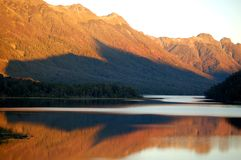 wieczorem kolorami patagonii zdjęcia stock