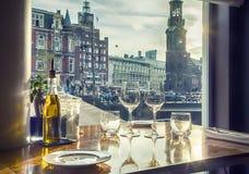 Wieczór Amsterdam od restauraci Fotografia Stock