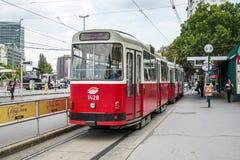 WIEDEŃ, AUSTRIA/EUROPE - WRZESIEŃ 22: Tramwaj w Wiedeń na Septem Obrazy Stock