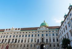 WIEDEŃ, AUSTRIA: Innerer Burghof w Hofburg cesarskim pałac w Wiedeń, Austria w Wrześniu 2017 Zdjęcia Royalty Free