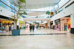 WIEDEŃ AUSTRIA, KWIECIEŃ, - 21, 2016: Danube centrum zakupy centrum handlowe Obrazy Royalty Free