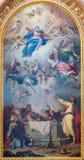 WIEDEŃ AUSTRIA, LIPIEC, - 30, 2014: Obraz wniebowzięcie maryja dziewica na bocznym ołtarzu St Charles Borromeo kościół obrazy stock