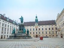 WIEDEŃ AUSTRIA, LUTY, - 17, 2018: Wokoło Hofburg Cesarskiego pałac prawie sławny w Wiedeń, Austria zdjęcia stock