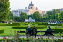 WIEDEŃ AUSTRIA, MAJ, - 12, 2018: Volksgarden w Wiedeń, Austria fotografia royalty free
