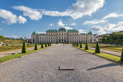 WIEDEŃ AUSTRIA, PAŹDZIERNIK, - 09, 2016: Belwederu ogród i pałac Zwiedzający przedmiot w Wiedeń, Austria Zdjęcie Royalty Free