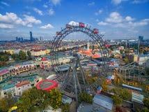 WIEDEŃ AUSTRIA, PAŹDZIERNIK, - 07, 2016: Gigantyczny Ferris koło Wiener Riesenrad ja był światowym ` s Ferris wysokim extant kołe Obrazy Stock