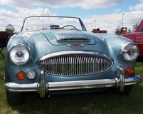 Wieder hergestelltes blaues Kabriolett Austin Healey Marks III Stockfoto