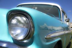 Wieder hergestelltes fünfziger Jahre klassisches Muskel-Auto heißer Rod Front End Headlight Lizenzfreies Stockfoto
