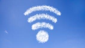 Wiedergabe 3D der Kommunikation 5G mit nettem Hintergrund Lizenzfreies Stockbild