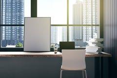 Wiedergabe 3D: Illustration des Kaffeecafé-Dekorationsinnenraums oder PC-Büro des Computerarbeitskraftinnenraums moderne Dachbode Lizenzfreies Stockbild